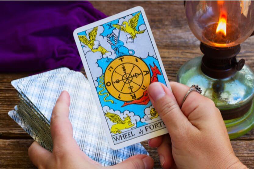 タロットカードのやり方をマスターしよう!!やり方と注意点について